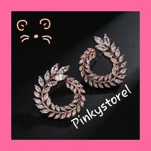 Jewelry - 💎Rose Gold Flower Earrings 💎